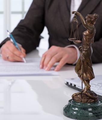 弁理士と弁護士の違い